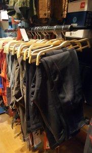pantalones trangoworld 09 deportes koala 182x300 Pantalones Trangoworld en el rincón de montaña