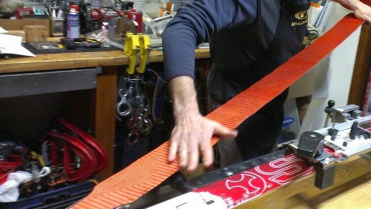 montaje ajuste pieles foca esqui travesia madrid deportes koala Esquí de Travesía en Madrid